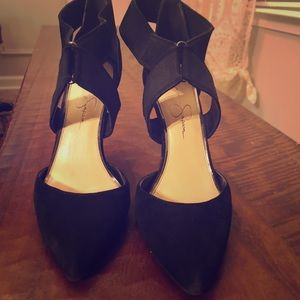 Black suede Jessica Simpson Pumps